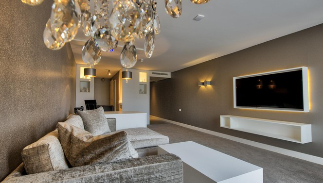 diamond penthouse suite